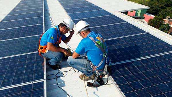 captaran-energia-solar-para-semaforos-capitalinos