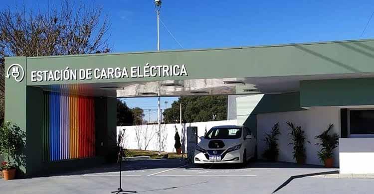 Gualeguaychú cuenta con su primera estación de carga para autos eléctricos