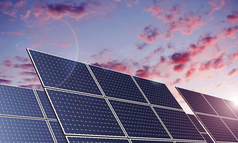 quelle-est-la-difference-entre-un-panneau-solaire-et-un-panneau-photovoltaique