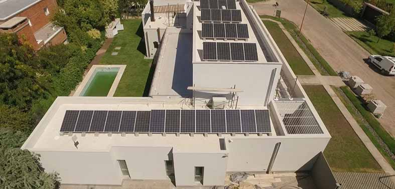 esta-casa-cipolena-se-abastece-con-energia-solar