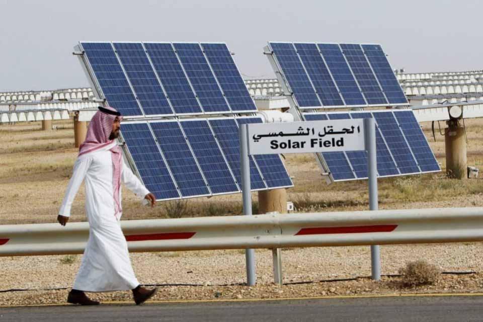 el-cluster-de-la-energia-pide-que-la-junta-apueste-por-el-autoconsumo-de-energia-solar-2735.jpg