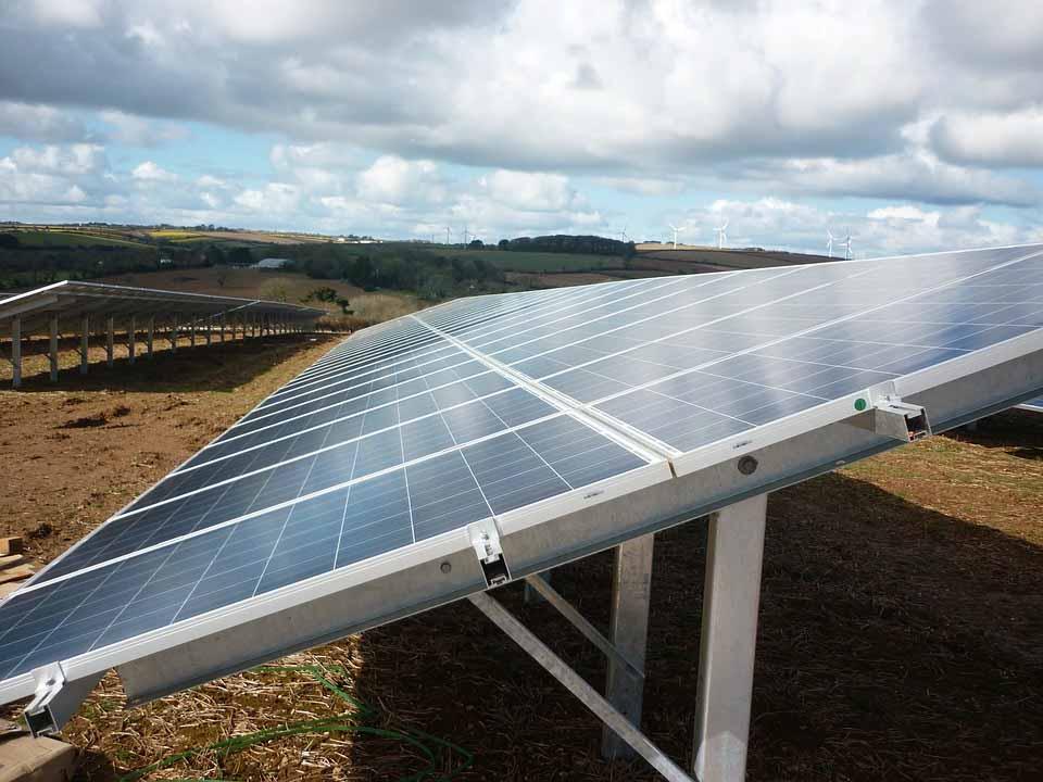 brasil-tem-2-mil-megawatts-de-energia-solar-negociados-no-mercado-livre-este-ano