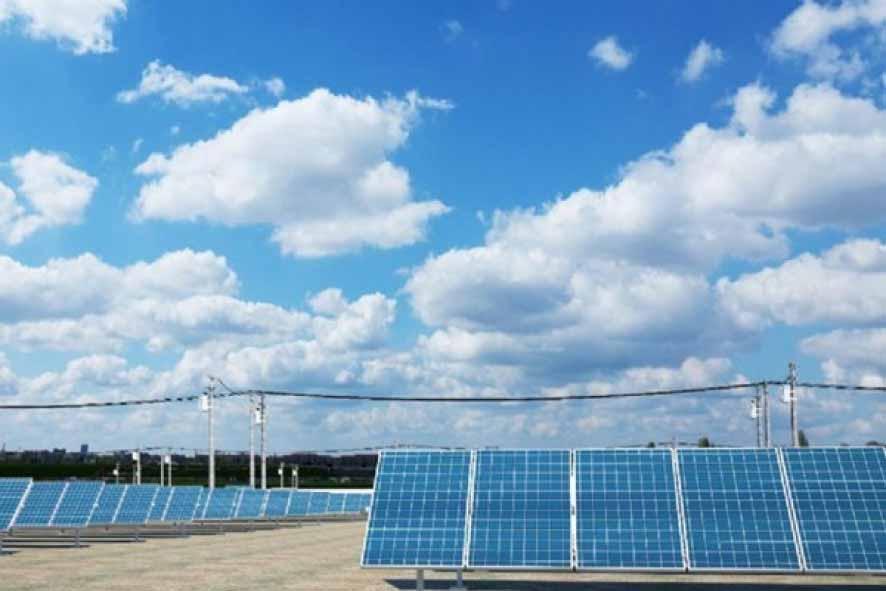 primeiro-parque-de-energia-solar-do-centro-oeste-e-montado-em-mt