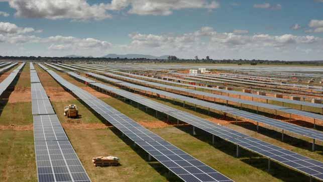 la-energia-que-renueva-los-pueblos-extremadura-bulle-con-la-energia-solar