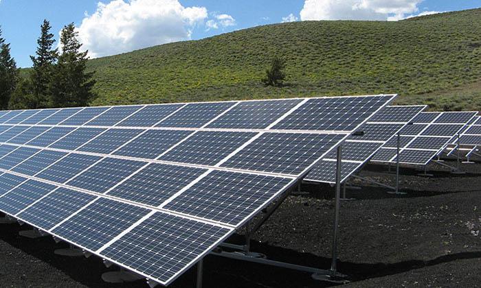 energia-solar-convidada-de-piedra-en-las-subastas