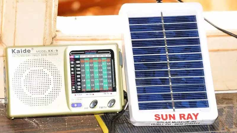 portable-solar-panels-green-products-that-can-charge-cellphones-heat-water-in-remote-areas