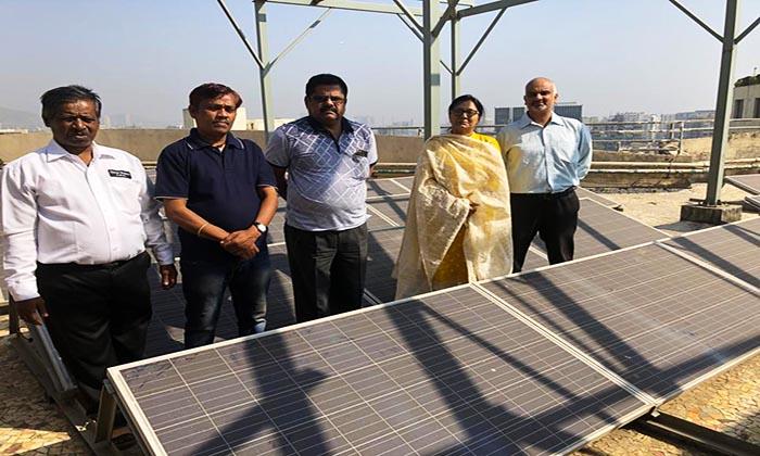 सौर-ऊर्जा-से-रोशन-हो-रही-इम