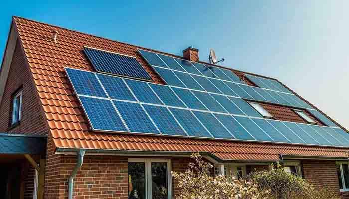 солнечные-батареи-в-доме-украинцам-об