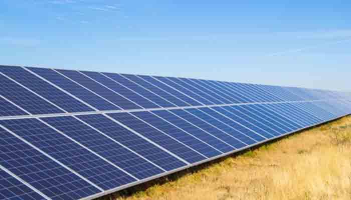 solaire-le-mini-grid-conteneurise-a-le-vent-en-poupe