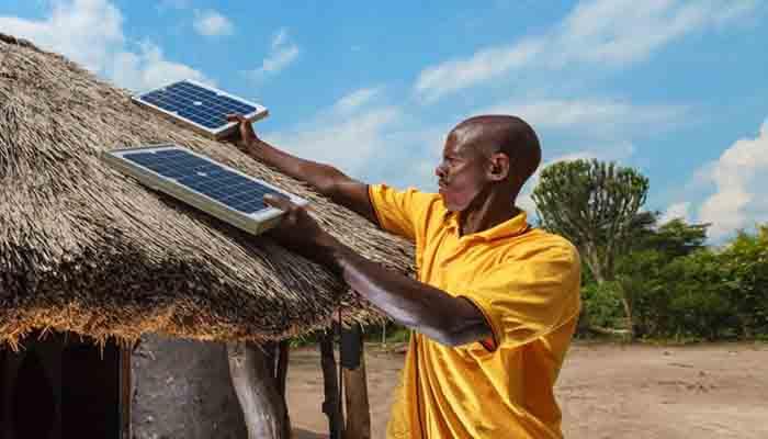 ces-kits-solaires-qui-eclairent-les-africains-prives-de-reseau-electrique