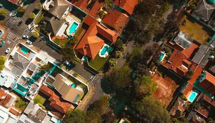les-clients-de-romande-energie-peuvent-vendre-lelectricite-quils-produisent-a-leurs-voisins