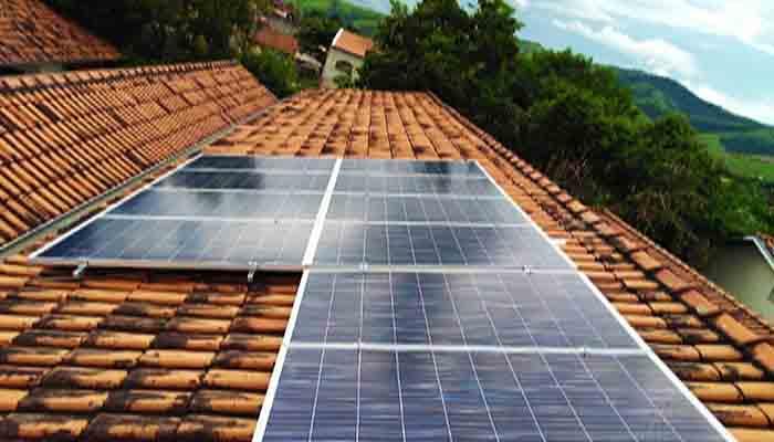 conscientizacao-de-alunos-sobre-energia-eletrica-rende-kit-solar-para-escola-em-guararema