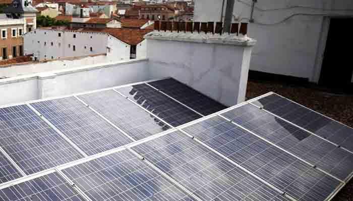 las-familias-espanolas-se-suman-a-la-revolucion-de-los-paneles-solares