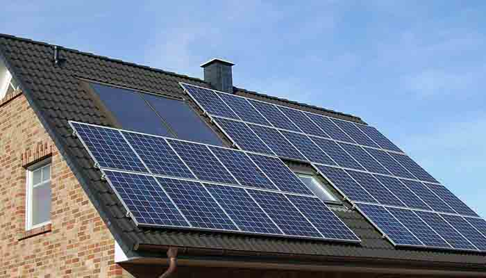 solar-installers-say-new-rates-are-slowing-demand-for-rooftop-solar