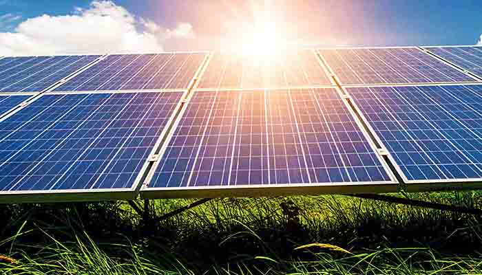 global-rooftop-solar-pv-market-revenue-is-anticipated-to-reach-usd-184-bn-by-2025