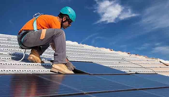 quelle-est-la-difference-entre-un-panneau-solaire-et-un-panneau-photovoltaique-par-geraldine-marcheteau-le-29-04-2019-a-0950