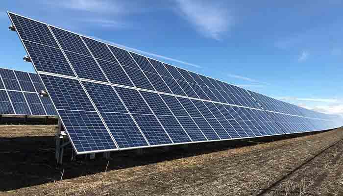 lalberta-adopte-lenergie-solaire-pour-ses-batiments-gouvernementaux-2