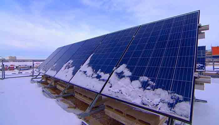 les-rudes-hivers-nentravent-pas-lessor-de-lenergie-solaire-en-alberta