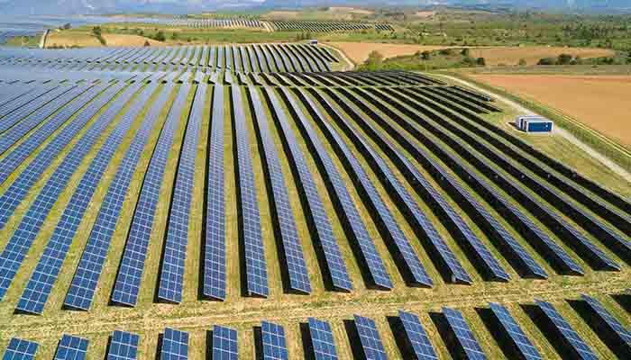 Pemanfaatan Energi Terbarukan untuk Industri Kelistrikan