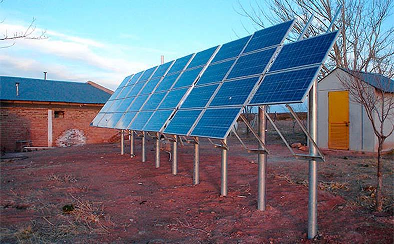 entregan-kits-de-energia-solar-a-hogares-rurales-de-santa-cruz