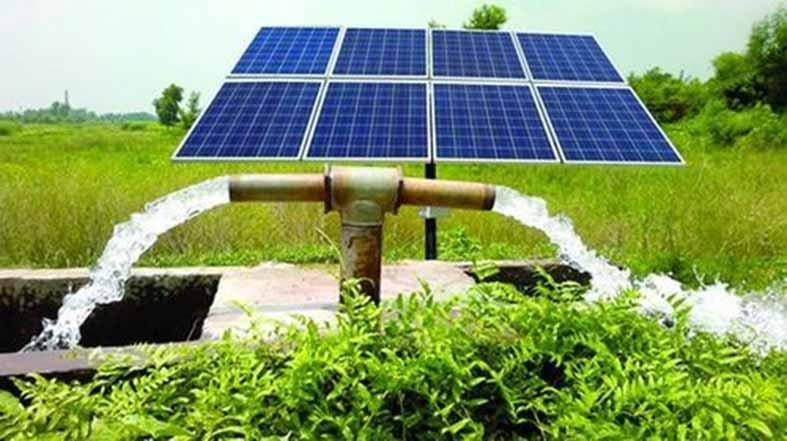 """""""البوليساريو"""" تلعب ورقة الموارد الطبيعية وتحتج على محطة للطاقة الشمسية بالداخلة"""