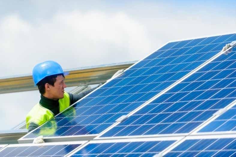 зеленую-энергетику-толкают-в-розницу