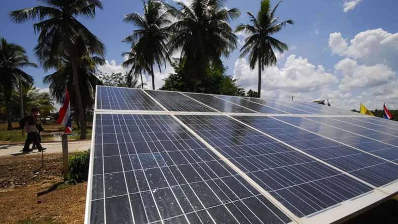 Esta isla tailandesa, conocida por la novela 'La playa', tendrá su propia granja solar